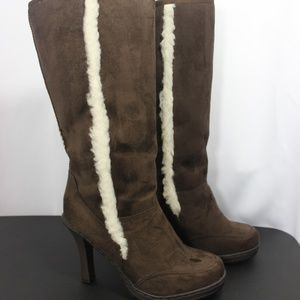 Bakers Eskimo Boots Knee high Heeled